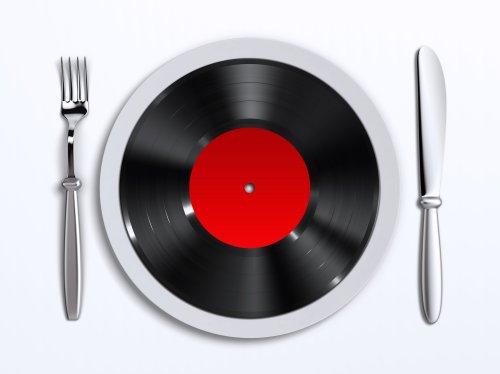 Ảnh chụp một đĩa với bản ghi nhựa vinyl