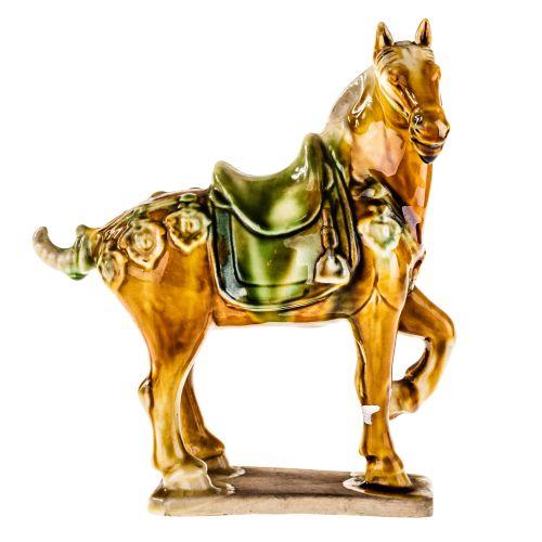 Ảnh đồ sứ tượng ngựa làm bằng tay