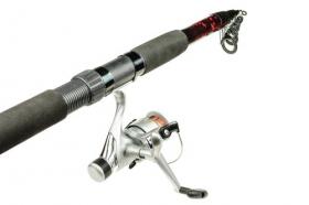 Ảnh chụp cây đánh cá bằng kính thiên văn và cuộn Ảnh trên nền trắng