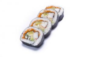 Ảnh sushi cuộn trên nền trắng